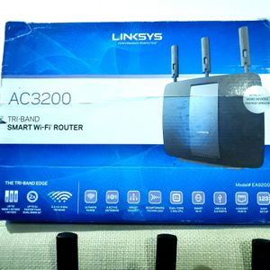 Linksys AC3200 smart wifi router for Sale in San Diego, CA