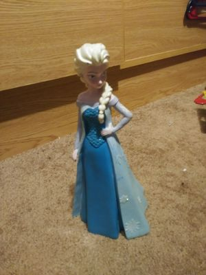 Elsa figurine for Sale in Churubusco, IN