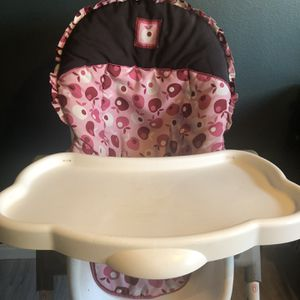 Pink High Chair for Sale in Burbank, CA