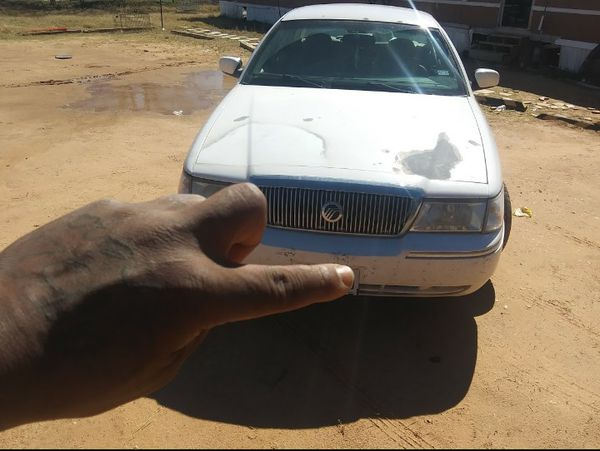 2006 merc grand marquis parting out