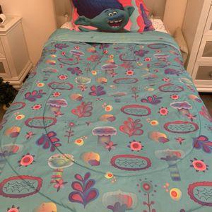 Reversible Trolls Twin Bedding Set for Sale in Brea, CA