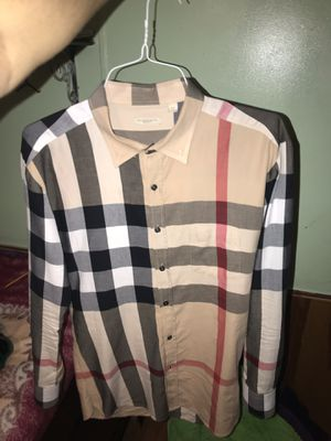 Burberry shirt for Sale in Tomball, TX