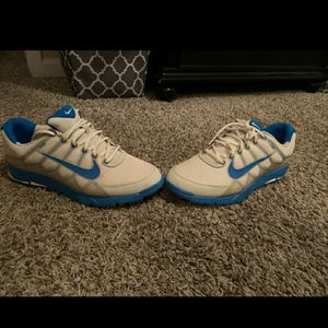 Nike Air Range WP II White Photo Blue Neutral Grey flywire 533093-100 for Sale in Wentzville, MO