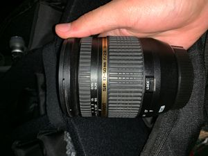 Canon Tamron lense 17-50mm f/2.8 for Sale in Los Angeles, CA