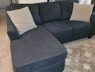 Blue Couch / Sofa With Chaise for Sale in Seattle,  WA