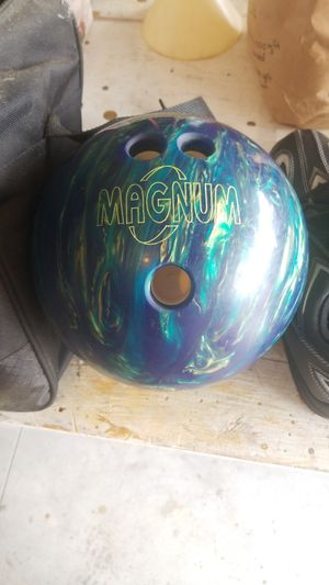 Magnum bowling ball with size 11 shoes and carrying bag for Sale in Chambersburg, PA