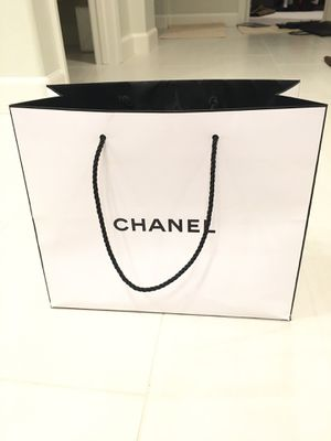 Authentic Chanel shopping bag for Sale in Las Vegas, NV