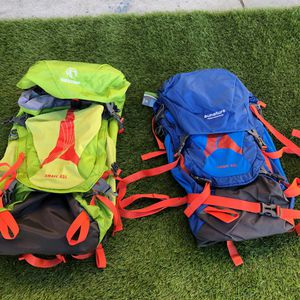 Each one ☝️ 45L HIKING BACKPACK REDCAMP for Sale in Riverside, CA