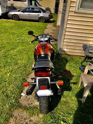 94 Suzuki motorcycle for Sale in Westland, MI