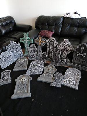 Grave stone lot for Sale in Trenton, MI