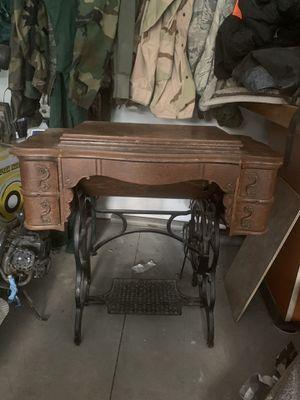 Antique sewing machine for Sale in Cashmere, WA