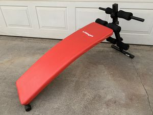 Sit Up Decline Fitness Workout Bench for Sale in Calimesa, CA