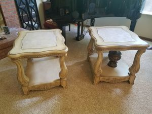 Sofa table and set of 2 end tables for Sale in Columbus, OH