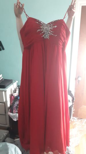 Prom dress size 18 only been worn 1 time for Sale in St. Louis, MO
