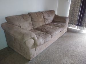 Free Sofa for Sale in TWN N CNTRY, FL