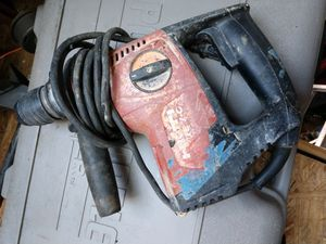 120-Volt SDS-Plus TE 7-C Corded Rotary Hammer Drill Kit with 2 TE-CX Hammer Drill Bits for Sale in Reynoldsburg, OH