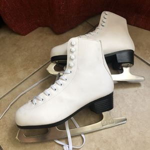Ice skates - WOMENS SIZE 6 - used for Sale in Los Angeles, CA