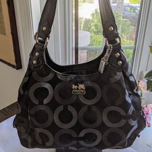 Coach Maggie Madison Op Art Shoulder Bag for Sale in Santee, CA