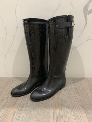 Louis Vuitton rain boots size 39 for Sale in Elk Grove Village, IL