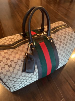 Gucci Duffle Bag for Sale in Boca Raton, FL