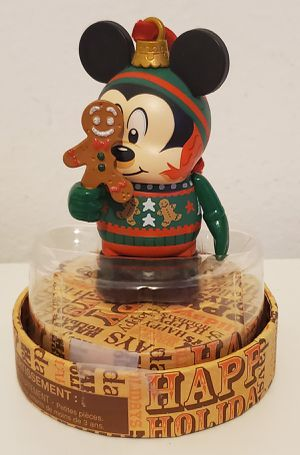 Disney Vinylnation/Jingle Smell Collectible Ornament for Sale in Wilmington, CA