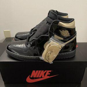 🔥🔥2020 Air Jordan 1 Retro High OG Black Metallic Gold Size 12 for Sale in Mount Holly, NJ