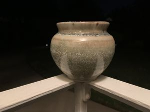 Glazed Ceramic Pot for Sale in Los Angeles, CA