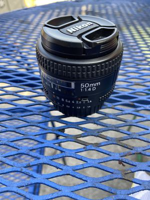 Nikon 50 f 1.4 AF-D lens in excellent condition can use with film cameras also for Sale in El Monte, CA