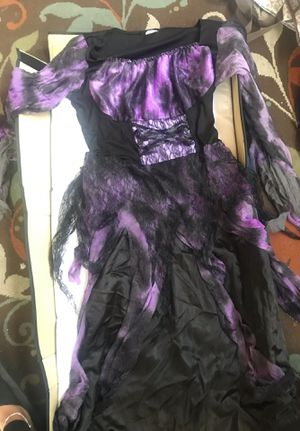 Plus size Halloween Witch costume for Sale in Las Vegas, NV