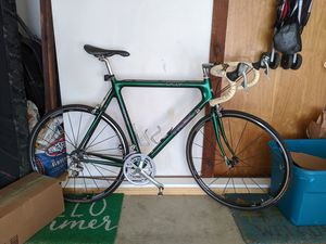 Trek 5000 bike for parts or indoor trainer only for Sale in Norfolk, VA