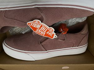 Vans' Women's Asher Deluxe Slip On Sneaker for Sale in El Paso, TX