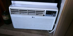 I have a basically brand new AC unit for Sale in Phoenix, AZ