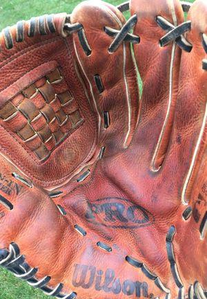 Wilson A1830 Pro9 baseball softball glove / mitt 12.5 inch for Sale in Tinley Park, IL