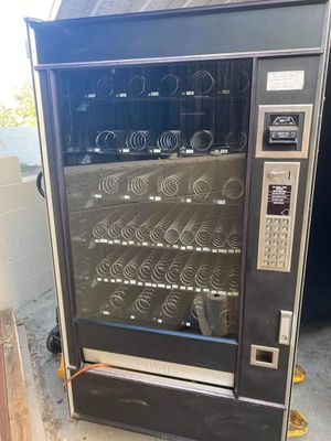National snack vending machine for Sale in San Diego, CA