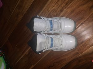 6.5 YOUTH Jordan 11 retro legend blue, not negotiating for no less then 85-80, don't ask me. for Sale in Antioch, CA