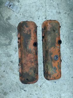 Original Chevy 396 valve covers. In good shape, needs sanding and painting. $75.00 for Sale in Blythewood,  SC