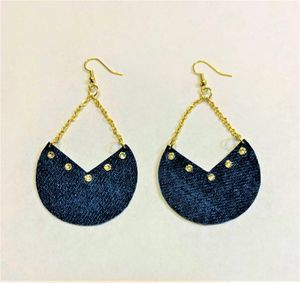 Denim Earring Chevron style with Swavorski Crystals very attractive earring in gold color chain for Sale in Peoria, IL