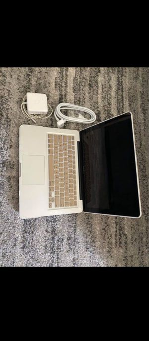 Apple laptop for Sale in North Chicago, IL