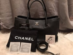 Authentic CHANEL Executive for Sale in Woodinville, WA