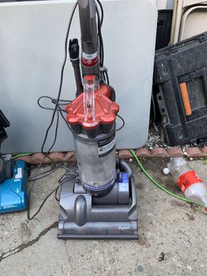 Dyson animal vacuum for Sale in Monterey Park, CA