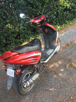 Street legal scooter for Sale in Salem, VA