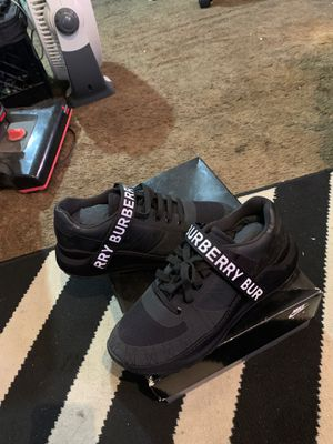 Burberry Size 11 for Sale in Cleveland, OH