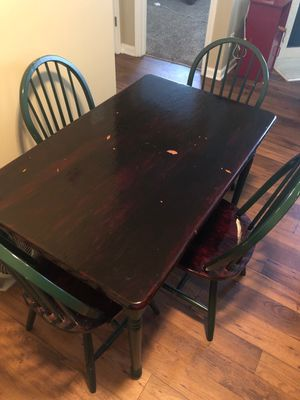 Table with 4 chairs included for Sale in Lexington, KY
