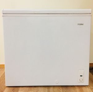 MHaier 1.7 Cu.Ft. ENERGY STAR Qualified Compact Refrigerator for Sale in Seattle, WA