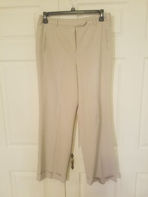 Ladies Larry Levine dress pants sz12 for Sale in Cuba, MO
