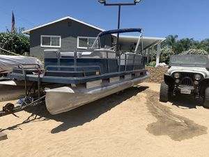 Pontoon boat for Sale in Wildomar, CA