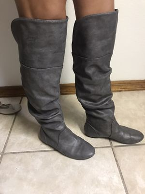 Gray boots size 8 for Sale in Spring Hill, FL
