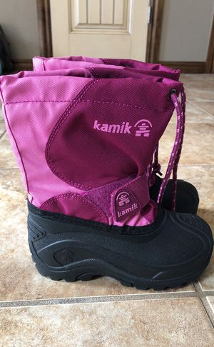 Girls Kamik snow boots size 10 for Sale in Edmond, OK