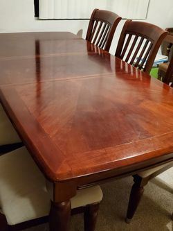 dining table+six chairs+extendable table for Sale in Corona,  CA
