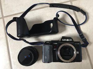(Used) Minolta Maxxum 7000 Autofocus SLR 35mm Film camera with Minolta AF 35-70mm Lens for Sale in Catonsville, MD